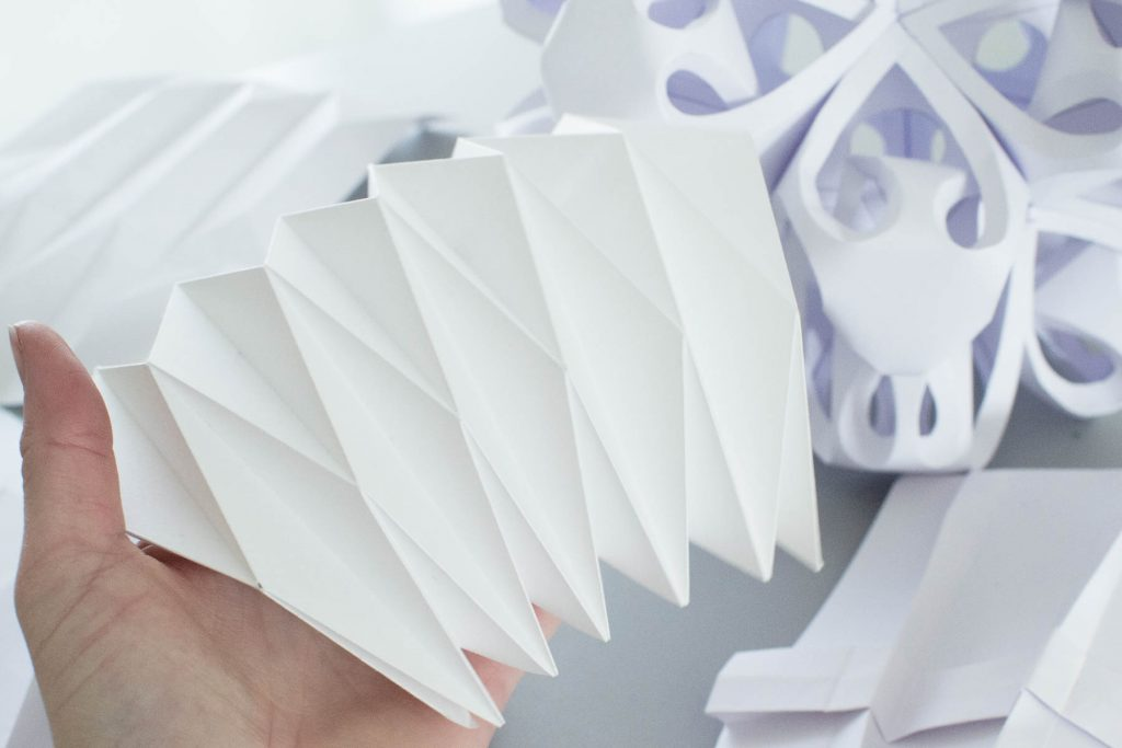 DesignBasics_FormThroughFolding_PaperSculpture_JacquelineHen